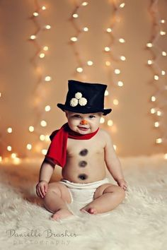 Baby Snowman is visiting for the winter. #baby #costume #adorable