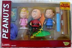 "Peanuts Memory Lane ""Good ol' Charlie Brown"" Deluxe Set Sally Linus NIB RARE"
