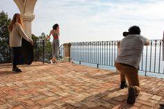"""Seguro que a la empresa de @puchecalzados le han quedado unas fotitos preciosas de su """"Making of"""" realizado en nuestro resort. 👠+📷 ¡Gracias por contar con nosotros para esta sesión!   #PuebloAcantilado #PuebloAcantiladoSuites #ElCampello #Resort #Suites #Belleza #CalzadosPuche #MakingOf #CostaBlanca #Acantilado #EsMediterraneo"""