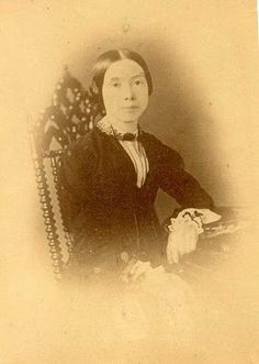 Is this mysterious photograph a lost picture of Emily Dickinson?