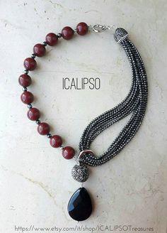 Guarda questo articolo nel mio negozio Etsy https://www.etsy.com/listing/480487588/ruby-root-onyx-pendant-hematite-necklace