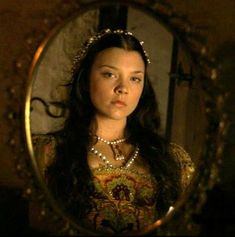 Natalie Dormer/ Anne Boleyn The Tudors Natalie Dormer Tudors, Natalie Dormer Anne Boleyn, Catherine Parr, Catherine Of Aragon, Princess Margaret, Princess Mary, The Tudors Tv Show, Margaret Tudor, Tudor Fashion