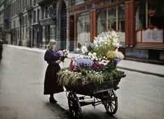 These rare colour photos of Paris were shot 100 years ago