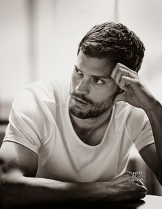 Jamie Dornan Life: New UHQ Tagged Outtake from British Vogue (Novembe...