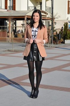 Get this look: http://lb.nu/look/1641560 More looks by Renata M..: http://lb.nu/addictedtofashion Items in this look: Zara Leather Skirt, H&M Blazer