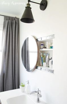 Ideas Round Bath Room Mirror Cabinet For 2019 Bathroom Niche, Bathroom Mirror Cabinet, Mirror Cabinets, Bathroom Interior, Small Bathroom, Bathroom Ideas, Bathroom Cabinets, Round Bathroom Mirror, Medicine Cabinets