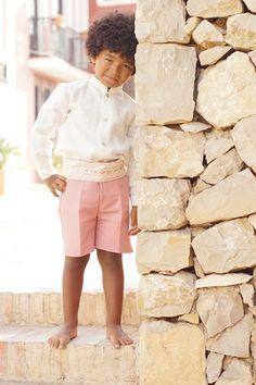 Con este reportaje tan bonito, que ha hecho Niños de Boda en nuestro pueblo, ¡te deseamos un feliz lunes! . . . #NiñosdeBoda #ReportajeFotográfico #Niños #FotografiasNiños #PuebloAcantilado #PuebloAcantiladoSuites #ElCampello #Resort #Suites #CostaBlanca #Acantilado #EsMediterraneo #Boda