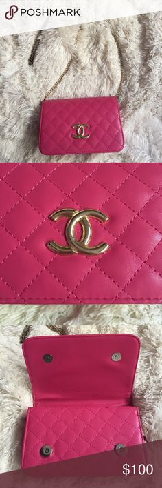 Pink Quilted Bag This pink Quilted Flap Bag is the perfect little purse for going out to brunch, the club, vacation, anywhere! It is in great condition. Bags