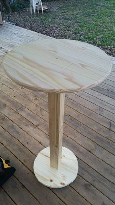 My next table project 😈 I'm getting pretty hooked on DIY furniture… Bar Height Pub Table – Cheap! Diy Bar, Bar Table Diy, Round Bar Table, Patio Bar Set, Pub Table Sets, Diy Pub Style Table, Bar Height Table Diy, Tall Bar Tables, Cheap Tables