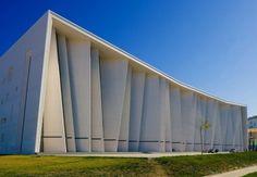Cultural Centre / Teamminus Jinchang Cultural Centre, Courtesy of Teamminus Concept Architecture, Facade Architecture, Amazing Architecture, Contemporary Architecture, Landscape Architecture, Building Exterior, Building Facade, Building Design, Small Buildings