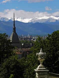 Turin, elegance of landscape Great Places, Places Ive Been, Piedmont Italy, Northern Italy, Turin, Stuff To Do, Milan, Places To Visit, Football