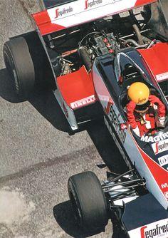 Ayrton Senna - Toleman Hart - Toleman Group Motorsport - 1984 World Formula One Championship Formula 1, One Championship, Gilles Villeneuve, Race Engines, F1 Racing, Racing Helmets, F1 Drivers, Karting, Car And Driver