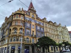 Tenement building, Strossmayerovo Namesti, Prague 7