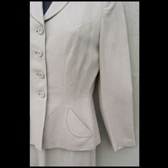 1940s Women's Ecru Tailored Suit Palm Beach Classic Toinette's on Ruby Lane