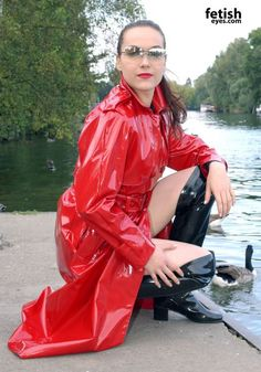 Vinyl Raincoat, Yellow Raincoat, Girls Wear, Women Wear, Imper Pvc, Langer Mantel, Pvc Coat, Raincoats For Women, Rain Wear