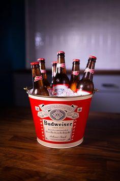 Bud Beer, Bartender Drinks, Beer Bucket, Liquor Dispenser, Lager Beer, Slytherin Aesthetic, Gift Card Sale, Beer Brands, Beer Gifts