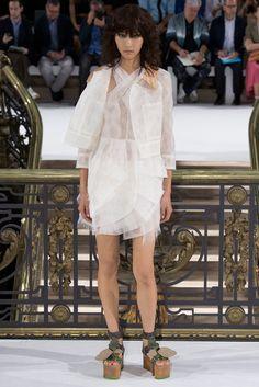 John Galliano Spring 2015 Ready-to-Wear Fashion Show