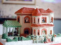 25 Cute Gingerbread House Ideas & Pictures - How to Make a Gingerbread House
