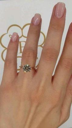 2 Carat Round Brilliant Cut Diamond Engagement Ring in Rose Gold Cute Engagement Rings, Diamond Engagement Rings, Diamond Rings, Diamond Cuts, 2 Carat, Carat Gold, Or Rose, Rose Gold, Gold Ring Designs