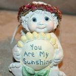 "Dreamsicle Kristin 1999 figurine ""You Are My Sunshine"" Angel with Sunflower"