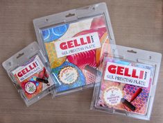 "Gelli printing is going in CIRCLES! Introducing two NEW round Gelli plate sizes— a 6"" round and a 4"" round! The perfect compliments to our 8"" round plate!  Printing with Gelli Arts®"