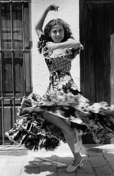 Dancer from Valencia, Spain, 1952  Alan Lomax Collection.