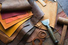 Hier finden Sie qualitativ hochwertiges Leder zum günstigen Preis. Das Leder ist in verschiedenen Farben erhältlich und ist zur Weiterverarbeitung oder für sonstige Zwecke geeignet.Wir bieten Ihnen sowohl ganze oder halbe Häute an, als...