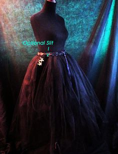 Flowing Black Tulle Skirt by NayomiInspired on Etsy