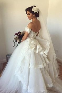 2016 Ball Gown Wedding Dresses Sweetheart Off the Shoulder Short Sleeves with…