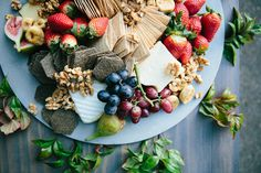 The latest wedding trend is going eco-friendly. How to plan an ethical and sustainable wedding without sacrificing on style. Sustainable Wedding, Wedding Catering, Industrial Wedding, Wedding Trends, Zero Waste, Food, Dancing, Weddings, Studio