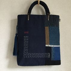 Jenn Harms's media content and analytics Sashiko Embroidery, Japanese Embroidery, Patchwork Bags, Quilted Bag, Cotton Shopping Bags, Japanese Bag, Boro, Art Bag, Linen Bag