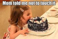 Kids and Cakes - Funny Pictures - Funny Photos - Funny Images - Funny Pics