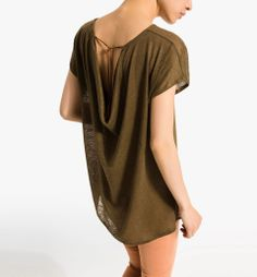 T-SHIRT WITH DRAPED BACK