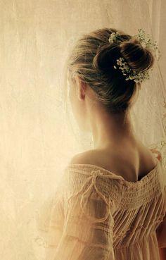 animasophysfairytale:  Basterebbe dirselo un mi manchi, invece che continuare a mancarsi in silenzio per una vita. -(M. Bisotti)-