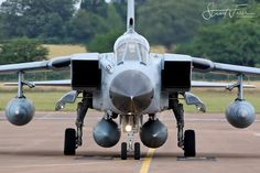 Military Jets, Military Weapons, Military Aircraft, Fighter Aircraft, Fighter Jets, Tango, Tennis Photography, Air Space, Metal Birds