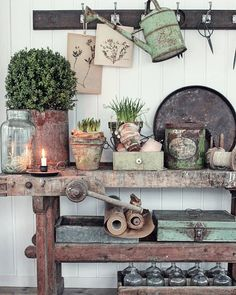 Amazing Shed Plans - Mens vi venter. - Now You Can Build ANY Shed In A Weekend Even If You've Zero Woodworking Experience! Start building amazing sheds the easier way with a collection of shed plans! Vintage Garden Decor, Vintage Gardening, Diy Garden Decor, Garden Ideas, Garden Projects, Vibeke Design, Rustic Gardens, Garden Shop, Building A Shed