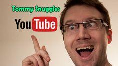 Tommy Snuggles kanaltrailer Sketchers, Snuggles, Humor, Facebook, Glass, Youtube, Drinkware, Humour, Corning Glass