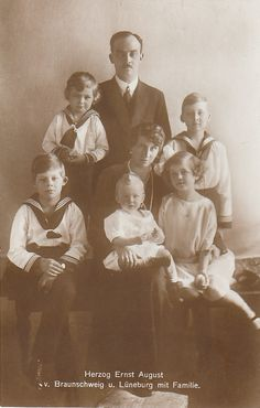 Victoria Louise, Duchess of Brunswick with her family