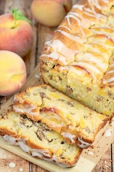This Pecan & Peach Quick Bread is a family favourite Recipe. This Pecan & Peach … This Pecan & Peach Quick Bread is a family favourite Recipe. This Pecan & Peach loaf is wonderful after dinner with some coffee but equally good for breakfast too. Peach Quick Bread, Peach Bread, Peach Scones, Cherry Bread, Peach Muffins, Strawberry Bread, Peach Cake, Bread Cake, Dessert Bread