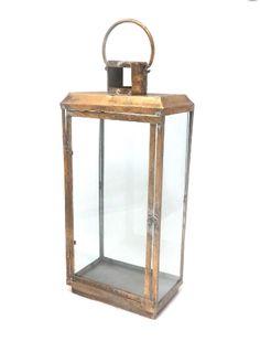 Gold and Glass Lanterns 56,5 cm (h) Quantity: 2