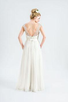 Suknia z kolekcji Juda&Pietkiewicz 2015 z odkrytymi plecami