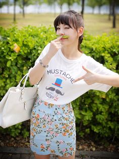 Tops :: Casual :: moustache hamilton cartoon printed tshirt - Korean Fashion @ 스타일지