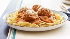 The Best Meatballs Recipe - Kraft Recipes This is my go-to recipe for meatballs. It's simply THE BEST. Kraft Foods, Kraft Recipes, Meatball Recipes, Beef Recipes, Cooking Recipes, Recipies, What's Cooking, Yummy Recipes, Beef Meals
