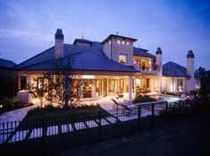 Custom Homes   www.mcvaugh.com