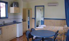 Caravan Parks Cairns - Tropical Ensuite Site Kitchen & Dining