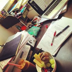 I wil ready a cup of coffee and some food on the table.Then, i begin to listen to the lecture notes on line.