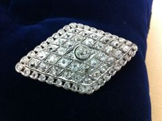 1920 Diamond broche