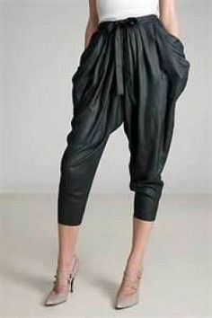 Harem Pants – Unique Way of Dressing Best – Latest Trends of Shopping, Women's Fashion Zone 80s Fashion, Vintage Fashion, Fashion Outfits, Fashion Tips, Fashion Trends, Moda Retro, 80s Outfit, Genie Pants Outfit, Underbust Corset