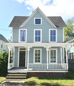 See how we considered (and eliminated!) nearly every part of the rainbow for our siding and finally chose a new beach house color in a very strange way.