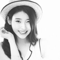 아이유 Beautiful! 🔲🔳 #아이유 #IU #kpopstar #leejieun #cute #pretty #loenent Let's wait for Cindy in #Producer on May 8th